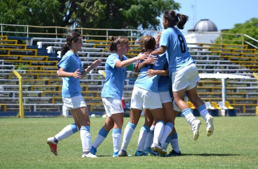 Selección femenina de fútbol.